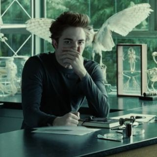 Reading Twilight FanFiction Master Of The Universe Episode Two