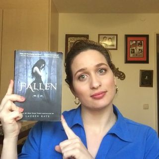Review of Fallen by Lauren Kate ~IGB