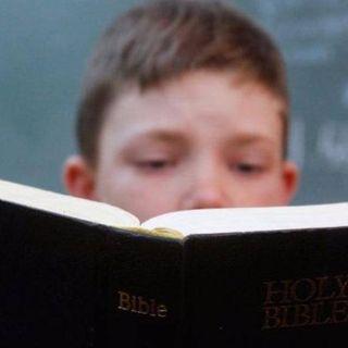 """""""NO REDUZCAMOS LOS PROBLEMAS A LEER O NO LEER LA BIBLIA"""""""