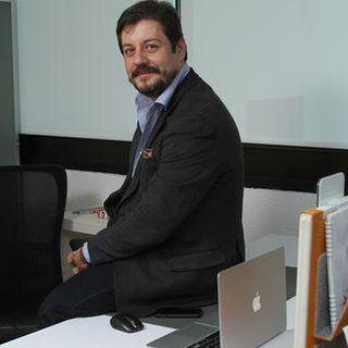 Rodrigo Llop de Azul Chiclamino no ocupa introducción