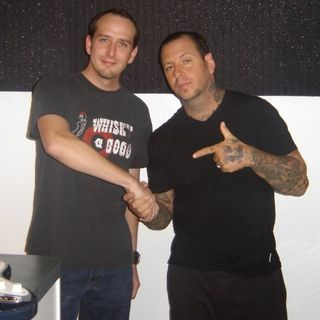 Monte talks to Social Distortion's Mike Ness