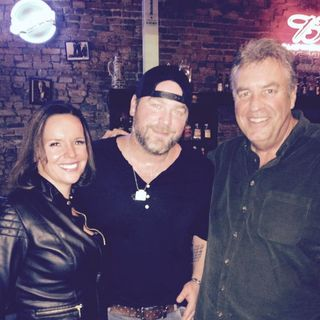 Lee Brice visits with Steve & Gina ahead of his Kat Country concert