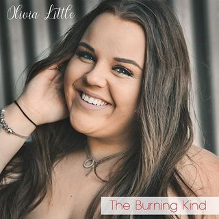 Melbourne singer/songwriter Olivia Little introduces her song 'The Burning Kind' - @OliviaJoanEntertainment