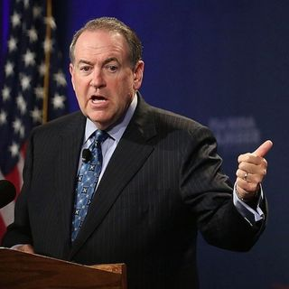Mike Huckabee compares Iran Deal to Holocaust