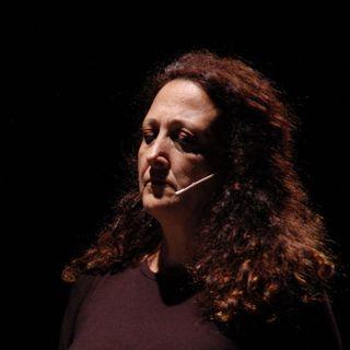 16. Let me try. Miana Merisi: coach di recitazione.