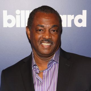 "Robert ""Kool"" Bell (Kool & the Gang) - Interview 9"
