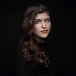 Lauren Shippen - Host of Bright Sessions