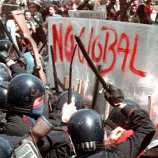 Extra - Napoli Zona Rossa (17 marzo 2001) - Daniele Maffione