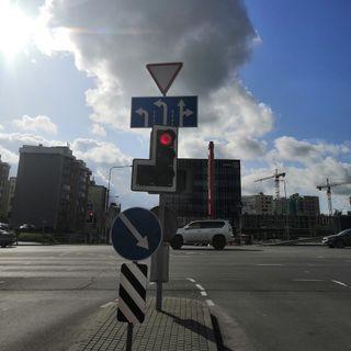 ДОРОЖНАЯ ИНФОРМАЦИЯ - отказ от зелёных стрелок на светофорах