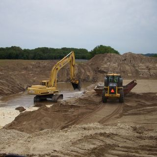 E7 McHugh Excavating free estimates hiring