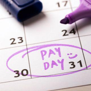 ¿Es conveniente pedir que le paguen el sueldo en efectivo?