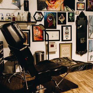E4: Missy Hoch | Gold Heart Tattoo