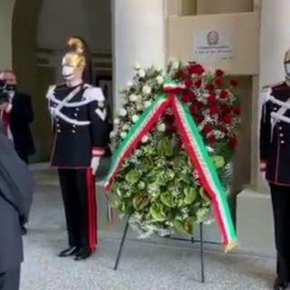 """2 giugno, Mattarella dall'Altare della Patria a Codogno: """"Da qui riparte l'Italia del coraggio"""""""