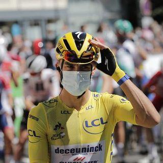 Tour de France: Alaphilippe penalizzato, la nuova maglia gialla è Adam Yates