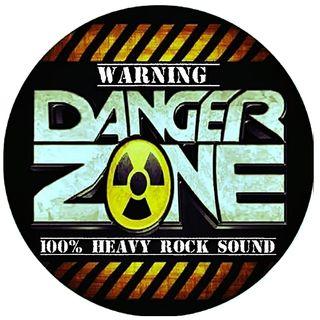 Danger Zone, con Stevie.