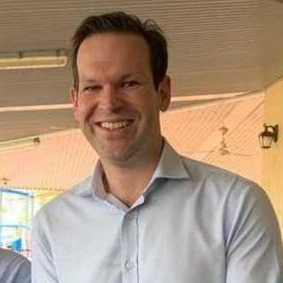 Matt Canavan (@MattJCan), Queensland senator, on 'no messiahs' renewable energy companies and @Qantas tying up farming land to save carbon