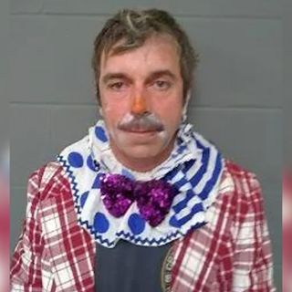 Moron Monday: Clown Arrested For Criminal Trespass and Drugs