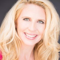 Heather Havenwood: How to Make Money As An Influencer in Today's New Content-Crazy World