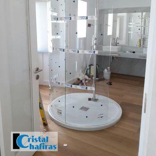 Mampara de ducha circular muy especial en Tenerife