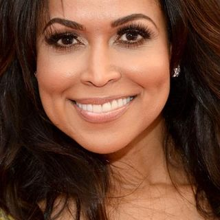 Self-Cultivating Wellness with TV & Film Producer, Tracey Edmonds & Sister Jenna