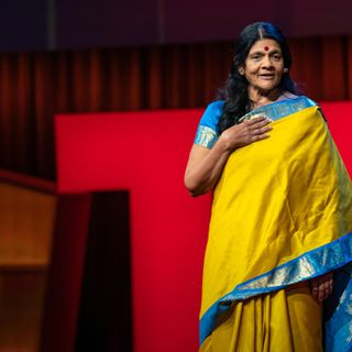 How women in rural India turned courage into capital | Chetna Gala Sinha