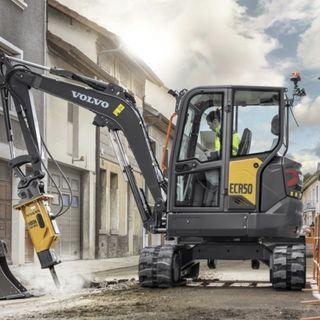 Ascolta la news: Nuovo escavatore Volvo ECR50 di generazione F