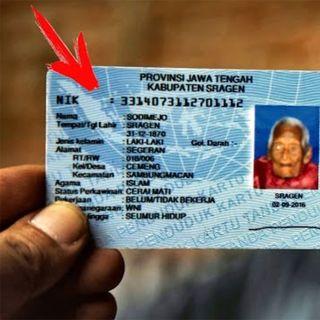 Dopo aver mostrato il passaporto è diventato famoso nel mondo come l'uomo più vecchio