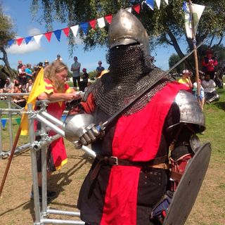 Manakau Medieval Market Interview Caitlin Rouse