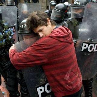 """""""El respeto al derecho ajeno, es la paz"""". Caso del diputado Camacho"""