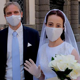 Buffet in monodose e 'senza mani', partono nozze post-Covid