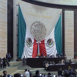 Panistas se manifiestan en Tribuna contra Muñoz Ledo