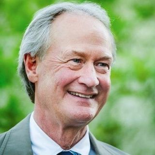 The Essential Lincoln Chafee- Senator Governor Environmentalist Libertarian? 6/14/19