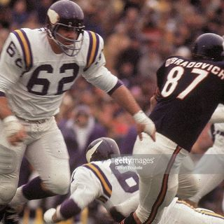 Interview with former Viking and Charger Legend Ed White!