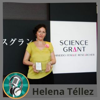 Julia Guerrero con Helena Téllez