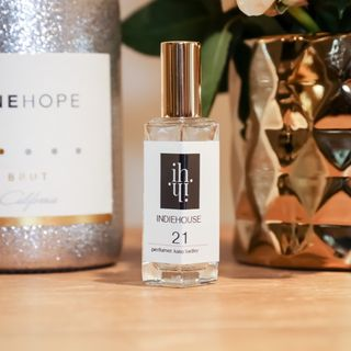 Design Your Signature Fragrance at INDIEHOUSE