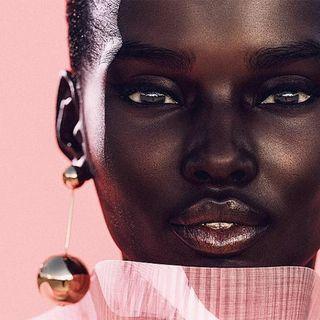 Noticias de Moda y Belleza con: Supermodelos Virtuales, Forever 21, Street Style Copenhague y más..