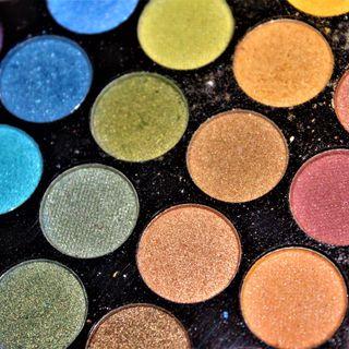 Riscopriamo la nostra bellezza per un armadio più sostenibile – Armocromia – Terza puntata