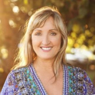 Sandy Forster - International speaker / Author (How To Be Wildly Wealthy Fast)