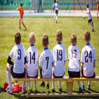 Почему футболистов в России становится меньше?