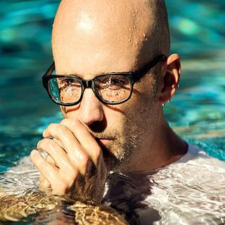 033 3HITSMIXED Moby - I am not a suicide
