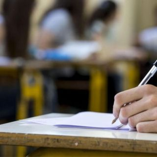Scuola: oggi si insediano le commissioni per gli esami, il 17 i maturandi rianimano gli istituti