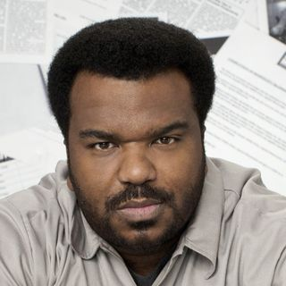 Craig Robinson Attempts Social Media