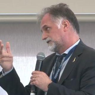 Ministro del Turismo Garavaglia: basta chiusure, l'estate sarà in bianco o giallo