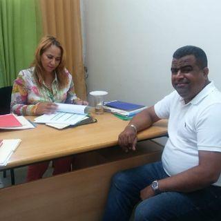 [AUDIO]  Omar Cuevas visitó Directora de Distrito Escolar 09-05