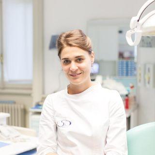 Michela Paglia, la dottoressa smile