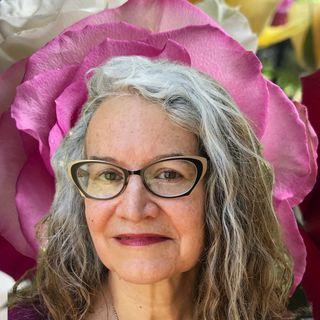 Astrology & Tarot with Lynn Carroll-Rivera | Sacred Earth Life 02
