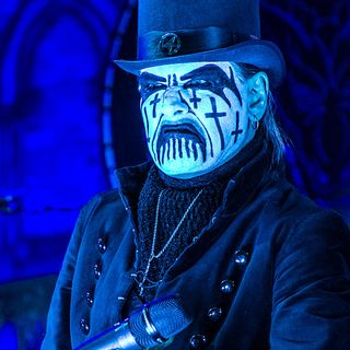 It's Humpday Shredcast With King Diamond!