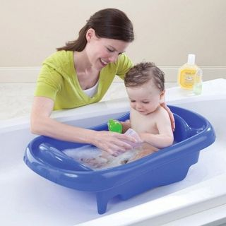 Baby bath time : How to choose the perfect baby bathtub