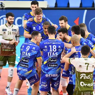 Podrascanin, Lucarelli e Lorenzetti dopo la sconfitta a Milano