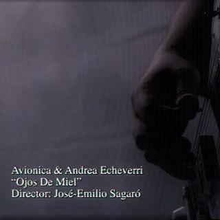 La Selección de Carla ~ Avionica & Andrea Echeverri (Ojos de miel) ♫